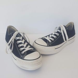 Converse Chuck Taylor All Star Platforms Size 9